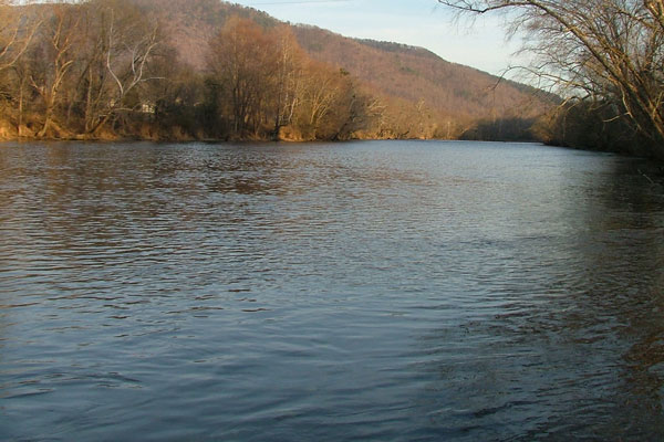 Hiwassee River via Wikimedia Commons